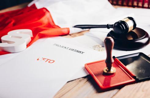 Jak nie Sejmem, to Dziennikiem Ustaw - rząd kreuje kłopoty legislacyjne i bezprawnie je rozwiązuje