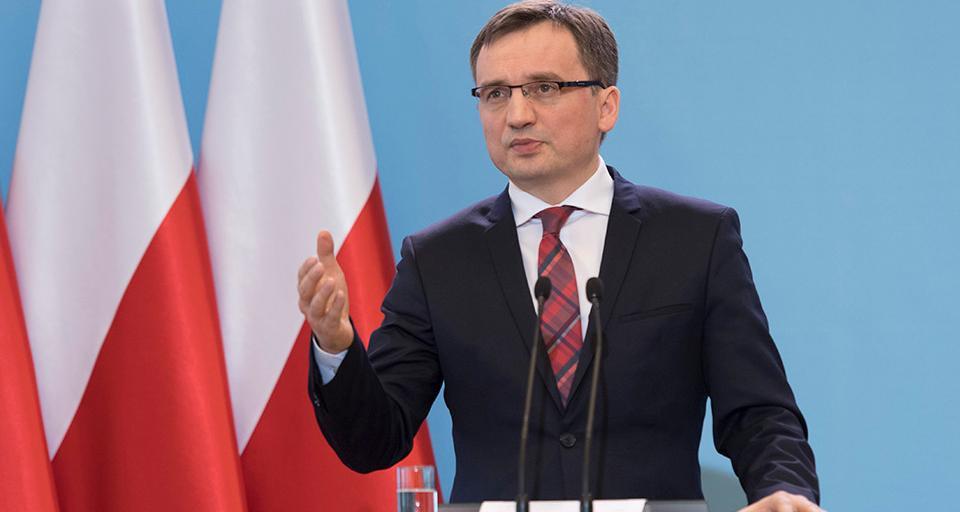 Minister sprawiedliwości naciska na premiera w sprawie weta do budżetu UE