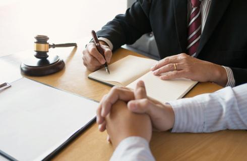 Zmiany w spółkach komandytowych rykoszetem uderzą w prawników
