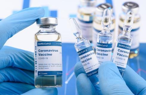 Rząd ogłasza zasady szczepień przeciwko koronawirusowi