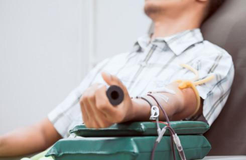 Wolne dni i ulgowe przejazdy za krew i osocze ozdrowieńców
