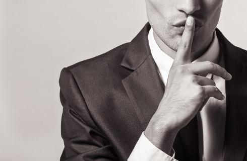 Tajemnica pomocy społecznej nie dla byłego męża – jest ochrona, grożą sankcje