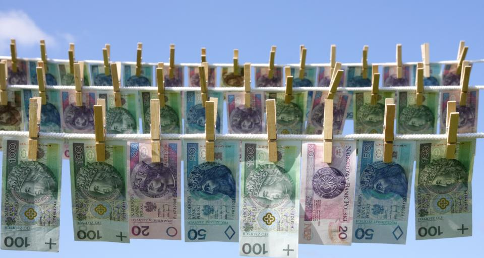 Pranie pieniędzy - nowelizacja rozszerzy listę firm zobowiązanych