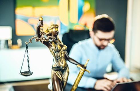 Alimenty dla studenta - wyzwanie dla przyszłego prawnika