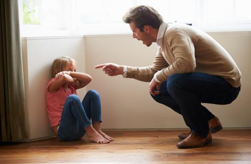 Już obowiązują przepisy wzmacniające ochronę pokrzywdzonych dzieci