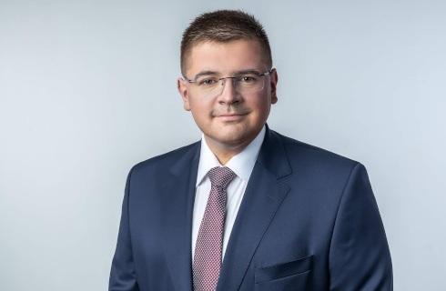 Tomasz Rzymkowski z MEiN: Szkoła musi być wolna od ideologii