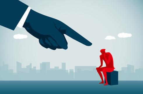 Rozporządzenia bez podstaw, ale odpowiedzialność urzędnika raczej teoretyczna