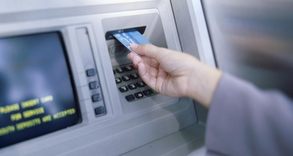 KNF oczekuje od banków lepszego zabezpieczania płatności