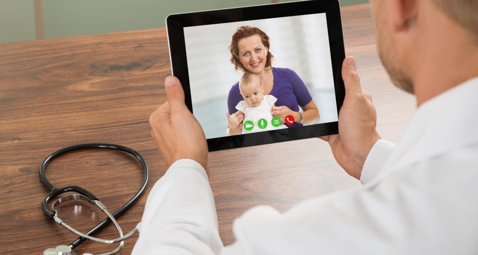 Rządowe standardy udzielania teleporady uderzają w pacjentów