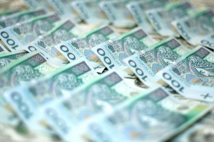 UOKiK ukarał pierwsze firmy za zatory płatnicze