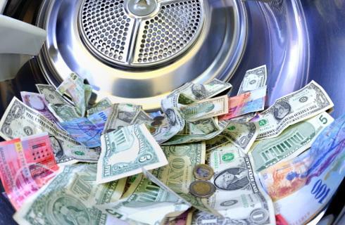 Biura księgowe też będą walczyć z praniem pieniędzy