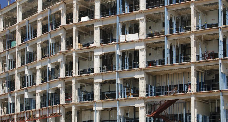 Dzięki większemu dofinansowaniu dla gmin tańsza będzie budowa domów komunalnych