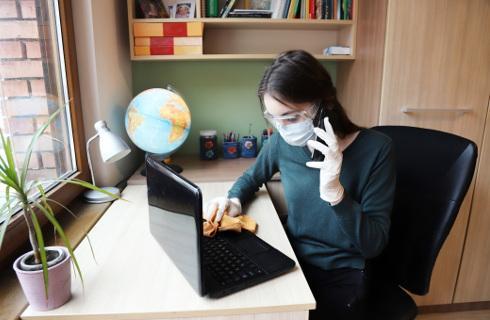 Unijny komisarz ds. zatrudnienia za równowagą między pracą w domu i w biurze