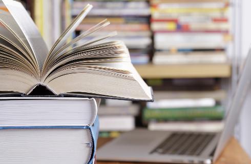 Podręczniki do poprawki -  mają lepiej spełniać wymogi podstawy programowej