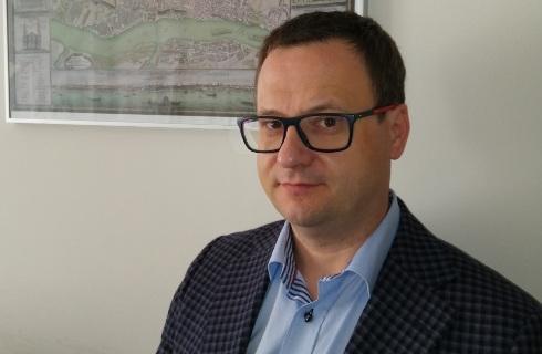 Sędzia Bednarczyk: Uwzględnianie roszczeń obu stron uprości frankowe spory