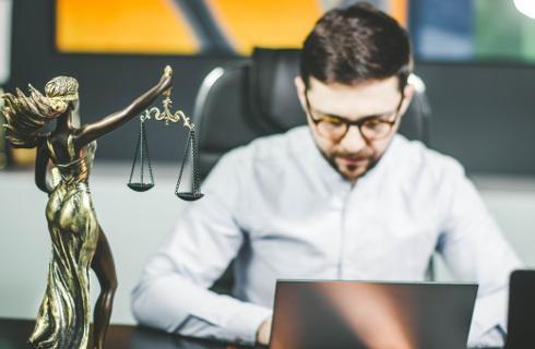Prawnicy z nowych technologii korzystają bardziej z konieczności niż pasji