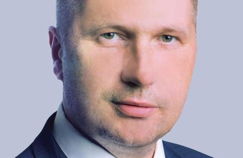 Minister edukacji chce w kwietniu powrotu do nauki stacjonarnej, rzecznik MZ wątpi